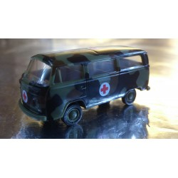Brekina 33181 VW T2 Military Bus Ambulance