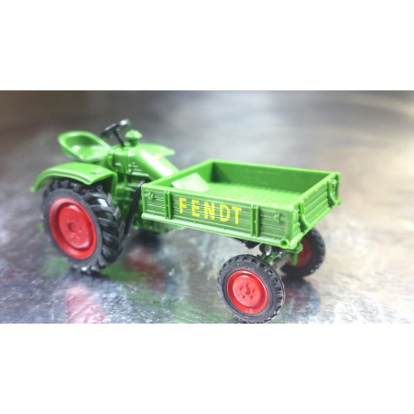 Wiking 08994025 Fendt Tool Carrier Tractor