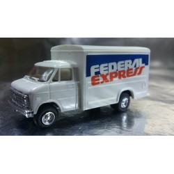 Trident 90104 FedEx Delivery Vehicle