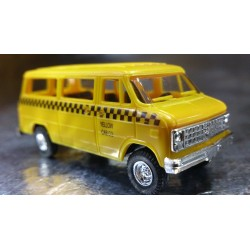 Trident 90146 Yellow Cab Company Passenger Vehicle
