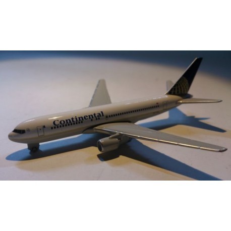 * Herpa Wings (Magic) 470230 Continental Airlines Boeing 767 - 200 Plane