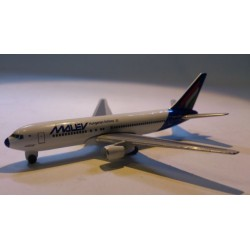 * Herpa Wings (Magic) 470070 Malév Boeing 767-200