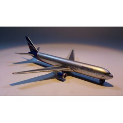 * Herpa Wings (Magic) 470018 Aeroflot Boeing 767-300