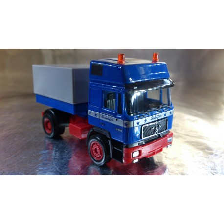 "* Herpa Trucks 155670  MAN F90 rigid tractor ""Schaefer"""