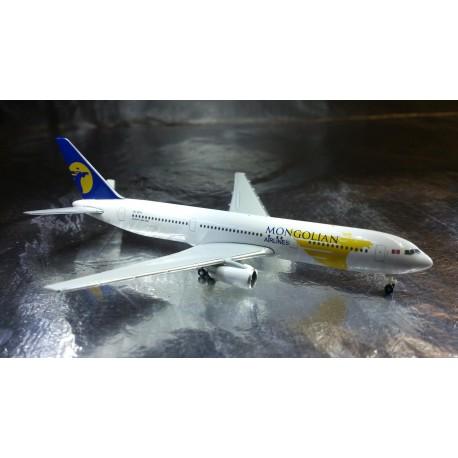 * Herpa Wings 523905  MIAT - Mongolian Airlines Boeing 767-300 - JU-1011
