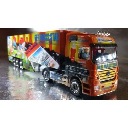 "* Herpa Trucks 120920 MB  Actros LH refrigerated box trailer ""25th anniversary of DER MASS:STAB / Wirtz"""