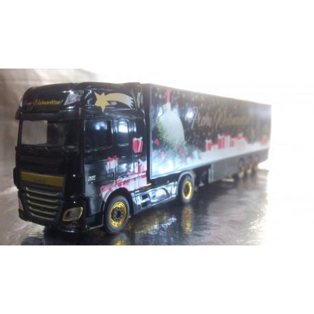 "* Herpa Trucks 306249  DAF XF SSC Euro 6 box semitrailer ""Herpa Weihnachtstruck"""