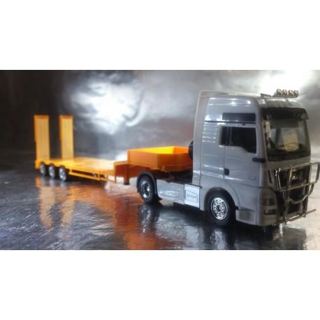 * Herpa Trucks 076371-005  Low boy trailer 3-axle with assembled chutes, traffic orange