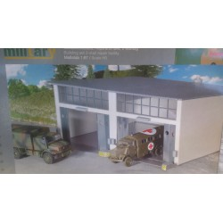 * Herpa 745857  Military or Civilian: Building set 2-stall repair facility, length 220 mm x width 190 mm x height 85 mm