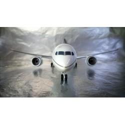 * Herpa Wings 557078  United Airlines Boeing 787-9 Dreamliner
