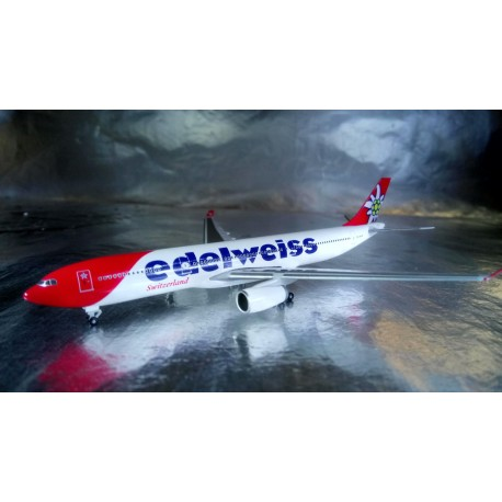 * Herpa wings 528870  Edelweiss Air Airbus A330-300 new 2016 colors