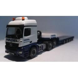 "Herpa Trucks 305563  Mercedes-Benz Arocs L 6x4 semi low boy semitrailer ""Wasel Krane"""