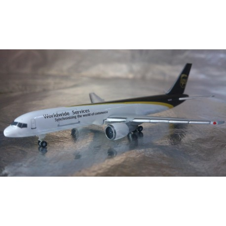 * Herpa Wings 524612  UPS Airlines Boeing 757-200F