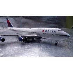 * Herpa Wings 506915-002  Delta Air Lines Boeing 747-400