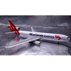 * Herpa Wings 529730  Martinair Cargo McDonnell Douglas MD-11F