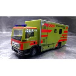 """* Herpa Trucks  093347  MAN TGL box truck """"Intensivtransport Dresden"""""""