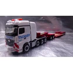 "* Herpa Trucks 307765  Mercedes-Benz Arocs Bigspace SLT low boy semitrailer ""Tschudy AG"" (CH)"