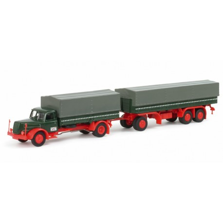 * Herpa Trucks 152150  Henschel HS 140 canvas cover trailer