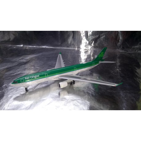 "* Herpa Wings 531818  Aer Lingus Airbus A330-300 – EI-FNH ""Laurence O' Toole / Lorcan Ó Tuathail"""