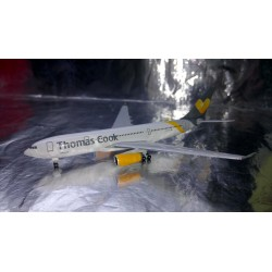 * Herpa Wings 528979 Thomas Cook Airlines Airbus A330-200 1:500 Metal Model