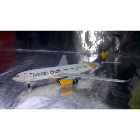 * Herpa Wings 528979 Thomas Cook Airlines Airbus A330-200 1:500 Metal Model