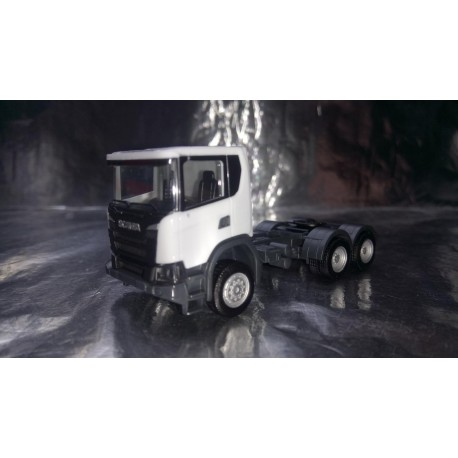 * Herpa Trucks 309745  Scania CG 17 6x6 rigid tractor, white