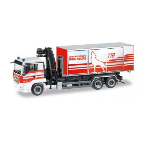 "* Herpa Trucks 092647  MAN TGS L Euro 5 roll-off dump with loading crane Wiesbaden fire department"""