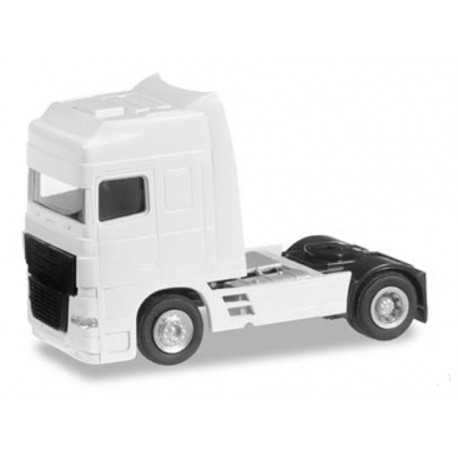 * Herpa Trucks Kit 084505  DAF XF 105 SSC rigid tractor Content: 2 pcs