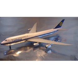 "* Herpa Wings 527743  Lufthansa Boeing 747-8 Intercontinental ""Retro"""