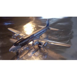 "* Herpa Wings 507943  US Air Force Douglas DC-6/VC-118 ""The Independence"""