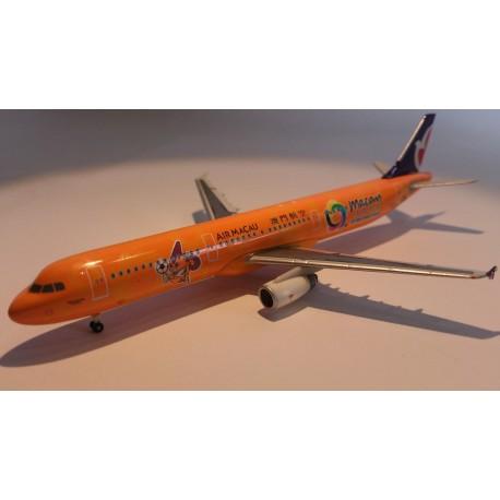 """* Herpa Wings 561549  Air Macau Airbus A321 """"East Asian Games"""""""
